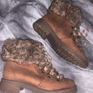 Brown combat boots with fur detail size 8